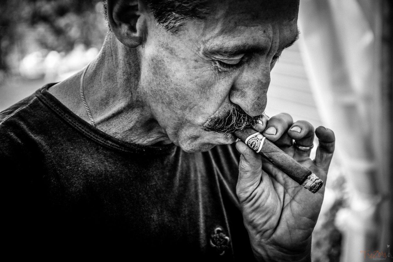 portrait homme qui fume